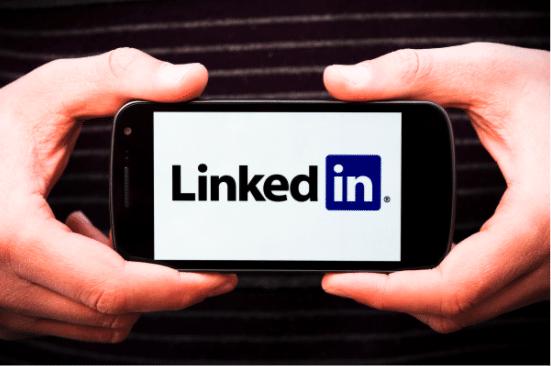 Wie generiert man Leads auf LinkedIn, laut dem LinkedIn VP für Marketing